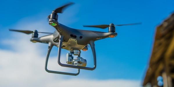 Czy na drona trzeba mieć pozwolenie?