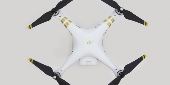Jak zostać pilotem drona?